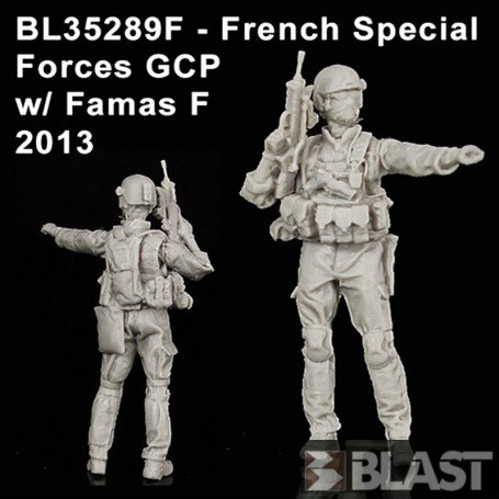 BL35289F - FRENCH SPECIAL FORCES GCP W/  FAMAS - 2013