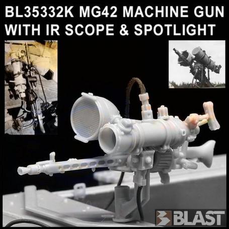 BL35332K - MG42 MACHINE GUN WITH IR SCOPE & SPOTLIGHT