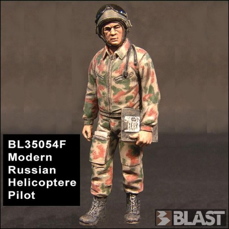 BL35054F - MODERN RUSSIAN HELICOPTERE PILOT