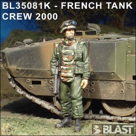 BL35081F - FRENCH TANK CREW 2000*