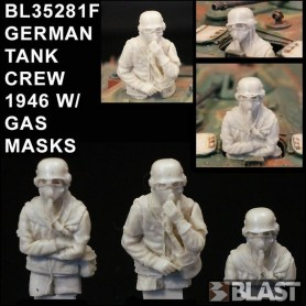 BL35281F - GERMAN TANK CREW 1946 W/ GAS MASKS