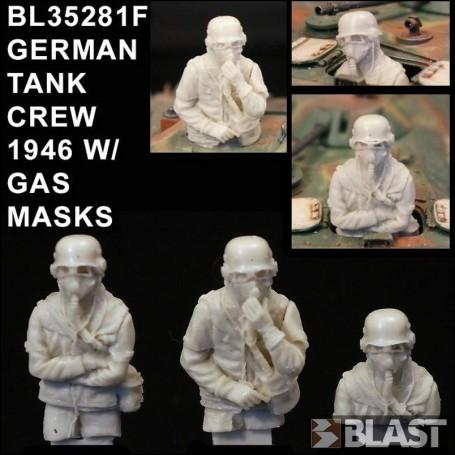 BL35281F - GERMAN TANK CREW 1946 W/ GAS MASKS