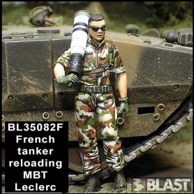 BL35082F - FRENCH TANK CREW RELOADING N1*