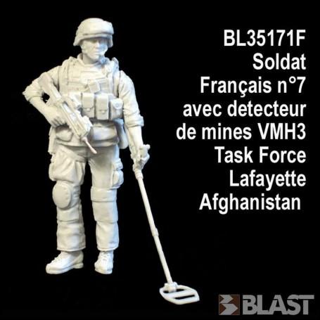 BL35171F - SOLDAT FRANCAIS N7 AVEC DETECTEUR DE MINES - TASK FORCE LAFAYETTE - AFGHA