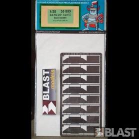 EDU35889 - SDKFZ  251 AUSF C TOOL BOXES